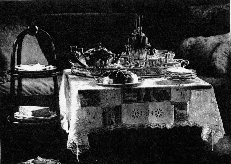 The afternoon tea table, a display of polite manners
